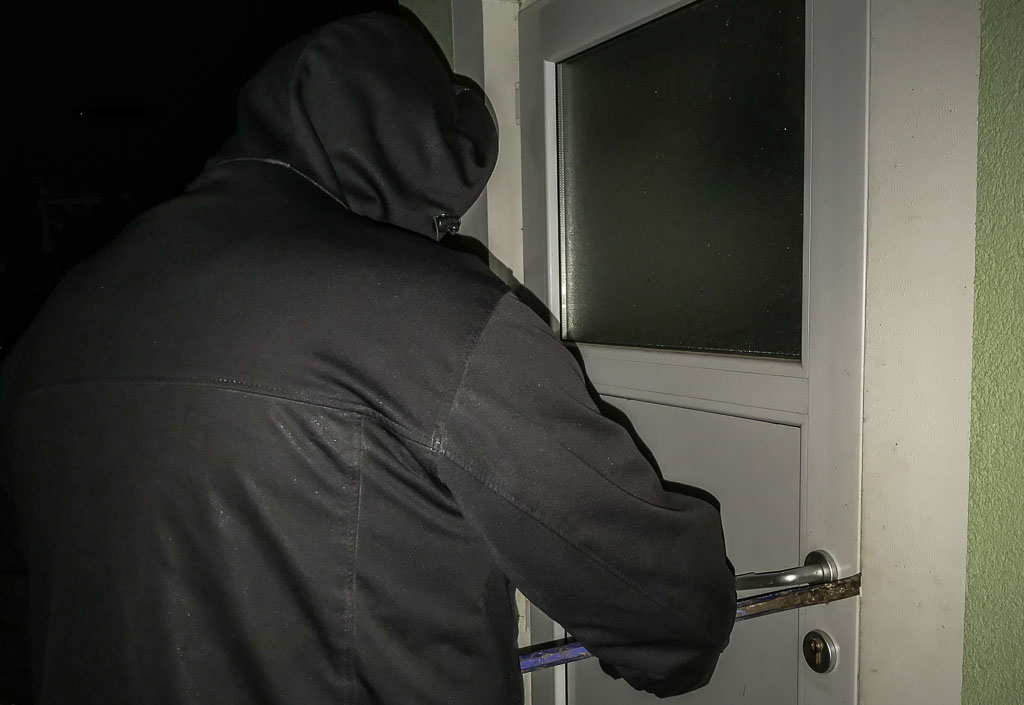 Obernkirchen: Ertappter Einbrecher entwischt mit freundlichem Gruß