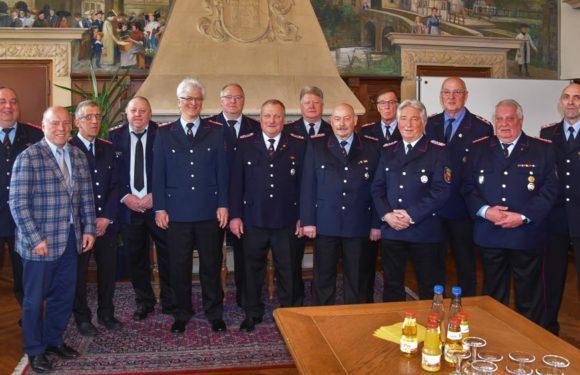 Feuerwehrleute in den Ruhestand verabschiedet
