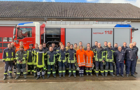 23 Feuerwehrleute absolvieren Truppführerlehrgang bei Lebenshilfe Rinteln