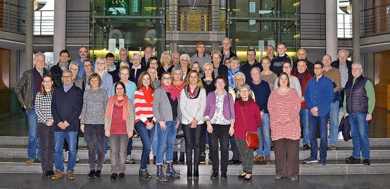 Schaumburger Gäste zu Besuch in Berlin