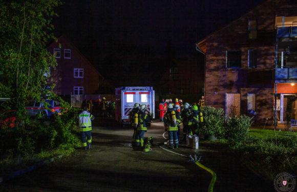 Mehrfamilienhaus evakuiert: Löste Shisha-Pfeife Gefahrguteinsatz aus?