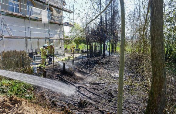 Schnelles Eingreifen der Feuerwehren verhindert Gebäudebrand