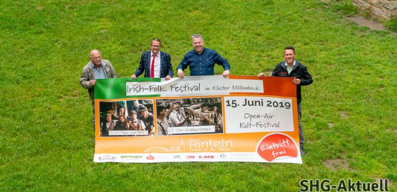 """Irish-Folk-Festival im Kloster Möllenbeck: Musik von """"Cobblestones"""" und """"Three More Pints"""" bei freiem Eintritt"""
