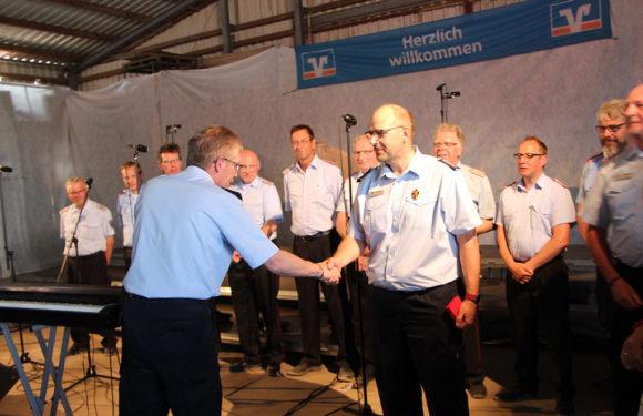 Joachim Muth mit dem Deutschen Feuerwehrehrenzeichen in Gold ausgezeichnet
