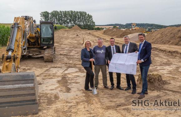 """Auetal: Erschließungsstart im Rehrener Baugebiet """"Teichbreite"""""""
