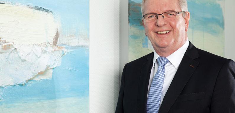 Volksbank-Vorstandsmitglied Reinhard Schreeck in den Ruhestand verabschiedet