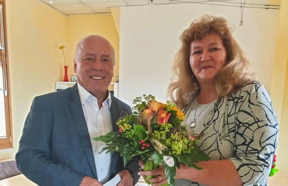 Hella Papenhausen feiert 25-jähriges Dienstjubiläum