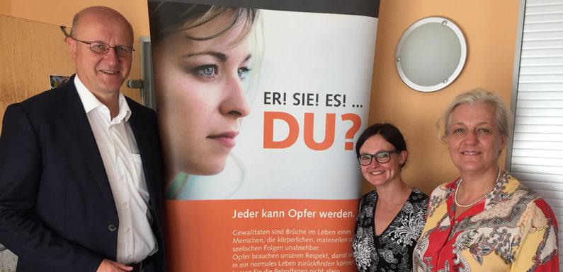"""""""Sommerbesuch"""" im Opferhilfebüro Bückeburg"""