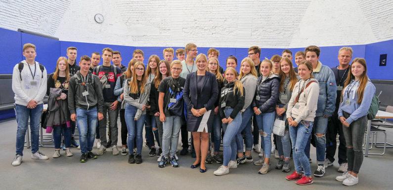Schuler Der Igs Rodenberg Zu Gast Im Deutschen Bundestag