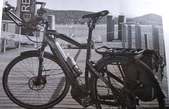Hochwertiges E-Bike von Fahrradträger gestohlen