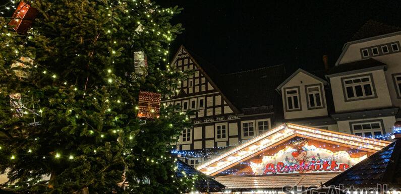 Mitten auf dem Marktplatz: Weihnachtsmarkt Stadthagen vom 29.11. bis 29.12.2019