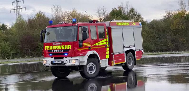 (Video) Feuerwehrfahrzeuge am Limit: Fahrsicherheitstraining beim ADAC in Laatzen