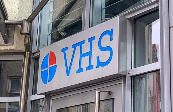 Freie Plätze in Sommer-VHS und Kinder-Uni