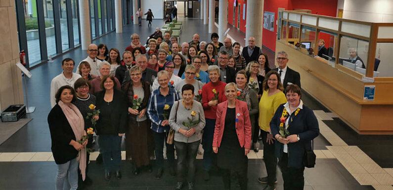 Für langjährigen Einsatz geehrt: Mitarbeiterjubiläum am Schaumburger Klinikum