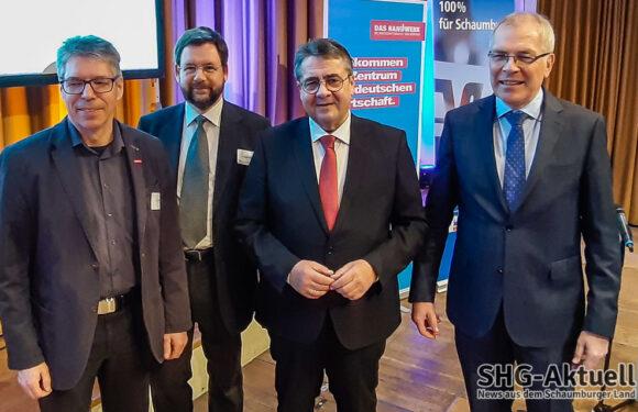 Volksbank in Schaumburg, Kreishandwerkerschaft und Steuerberater-Ortsverband mit Sigmar Gabriel und großem Neujahrsempfang