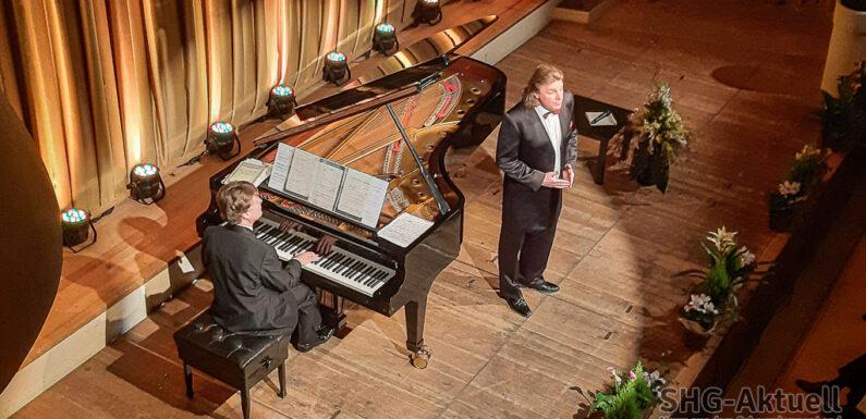 Ein Welt-Tenor singt in Bückeburg: Klaus Florian Vogt begeistert das Publikum