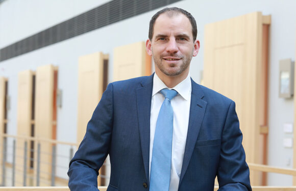 Maik Beermann spricht sich für Zusammenlegung von ARD und ZDF aus