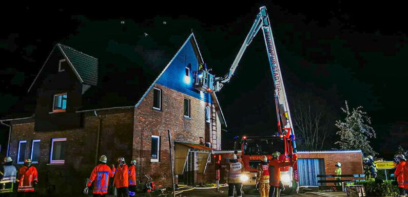 Nächtlicher Feuerwehreinsatz in Helpsen