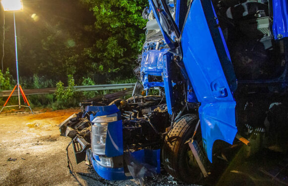 LKW-Fahrer in Lebensgefahr: Aufräumarbeiten an A2-Unfallstelle dauerten bis heute früh