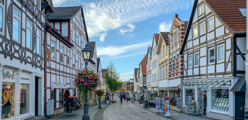 Von Corona-Schließung betroffen? Bückeburger Stadtmarketing plant Gutschein-Aktion für Betriebe