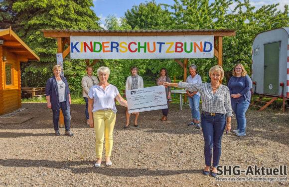 Doppelspende der Damen vom Lions Club Bad Eilsen-Weserbergland für Kinderschutzbund Rinteln