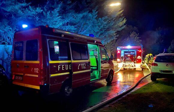 Wölpinghausen: Feuerwehren löschen Gartenhaus