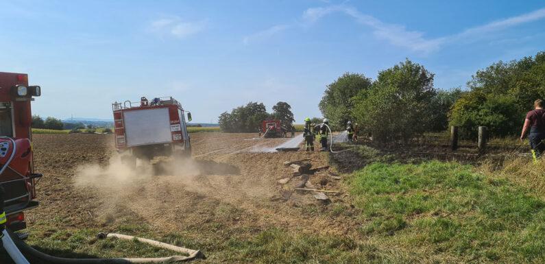 Feuerwehr löscht Flächenbrand in Bergkirchen