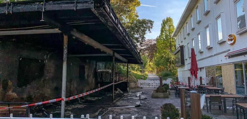 Stadthagen: Brand an Bücherschrank, Bäckerei-Bereich zerstört