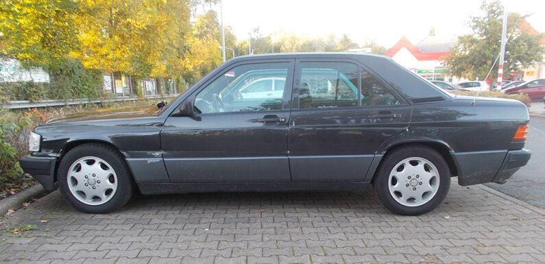 Bückeburg: Mercedes auf Kaufland-Parkplatz beschädigt