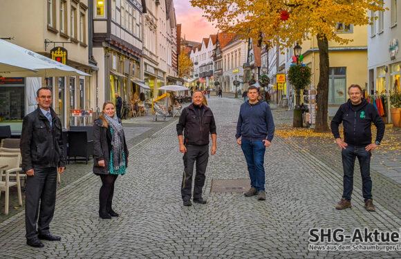 Mit stimmungsvoller Beleuchtung: Verkaufsoffener Sonntag am 1. November in Bückeburg