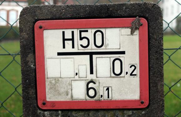 Freiwillige Feuerwehr Hagenburg/Altenhagen überprüft Hydranten