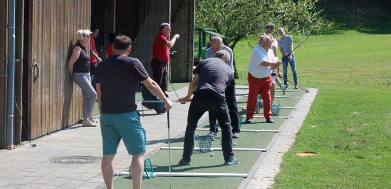 Schenken ist ganz leicht: Schnuppergolfen beim Golfclub Schaumburg