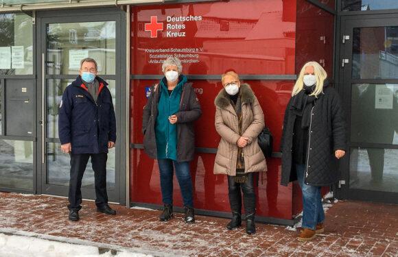 Obernkirchen: Apotheker spendet 17.000 Euro aus Masken-Erstattung an DRK und Tafeln