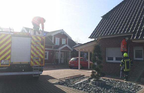 Außenbeleuchtung setzt Dachkonstruktion in Brand