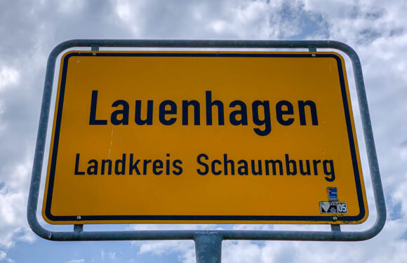 Lauenhagen: Autotüren bei Aufbruch beschädigt