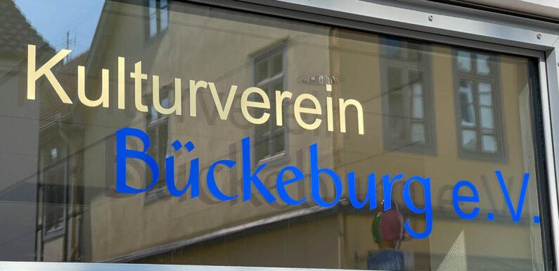 Kulturverein Bückeburg: Abonnenten spenden 9.000 Euro an Künstler