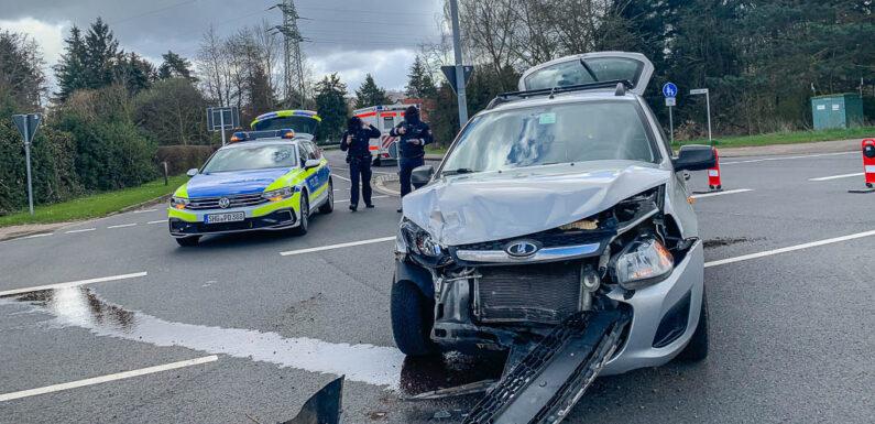 Ahnsen: Unfall auf Kreuzung – drei Verletzte