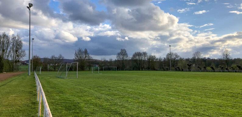 Sanierung Sportzentrum Evesen: Jetzt nur noch ein Naturrasenplatz