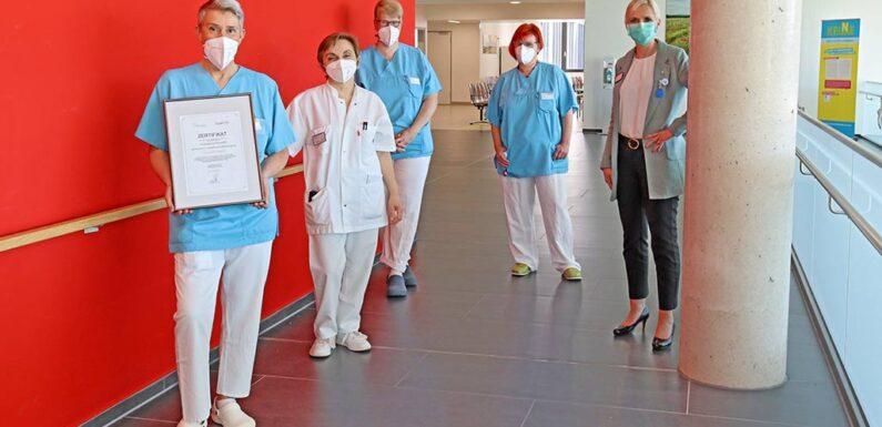 """Klinikum Schaumburg erneut als """"babyfreundliche Geburtsklinik"""" zertifiziert"""