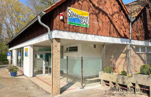 Bürgerstiftung Schaumburg unterstützt Schwimmkurse im Sonnenbrinkbad Obernkirchen