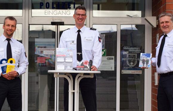 Präventionstelefon der Polizeiinspektion Nienburg/Schaumburg zu Gefahren und Sicherheit im Internet