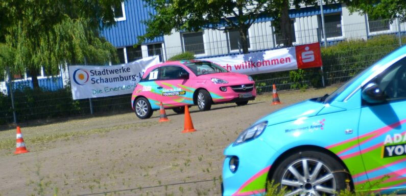 ADAC Slalom Youngster Cup beginnt: Junge Autorennfahrer starten mit Doppellauf in Stadthagen