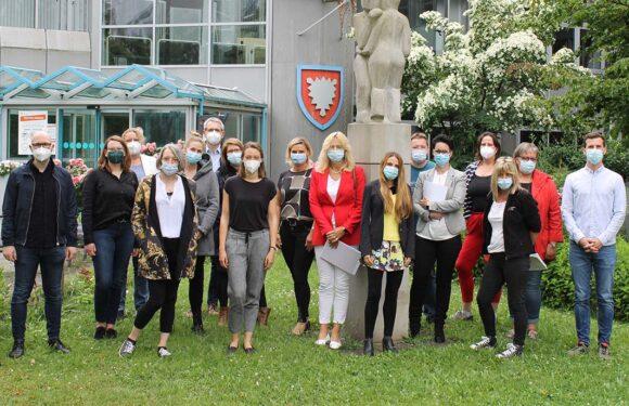Fachkräftemangel in der Pflege entgegensteuern: Gesundheitsregion Schaumburg startet neues Projekt