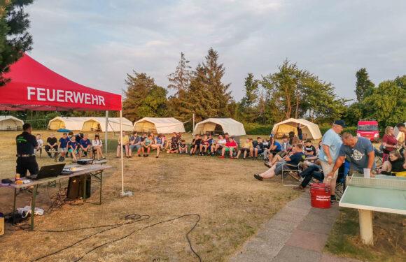 Bückeburg: Jugendfeuerwehren und THW verbringen Zeltlager an der Ostseeküste