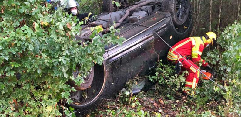 Fahrer weicht Reh aus: Porsche überschlägt sich auf B65-Abfahrt