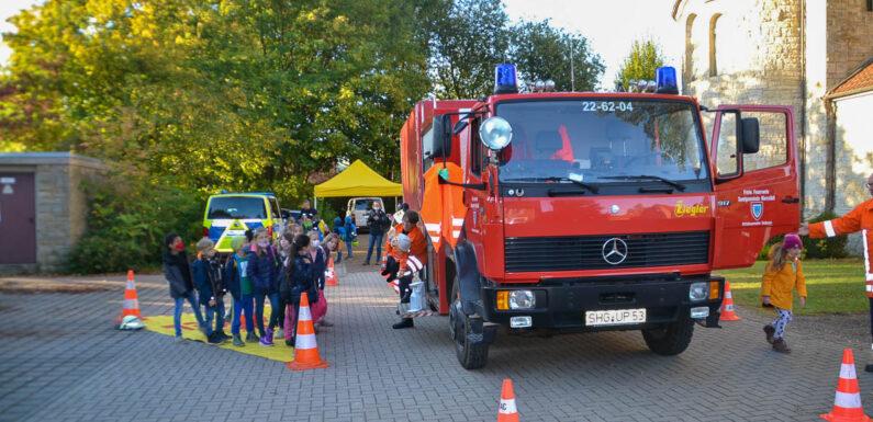 Verkehrssicherheitstag in Seggebruch: Grundschüler sicher im Straßenverkehr